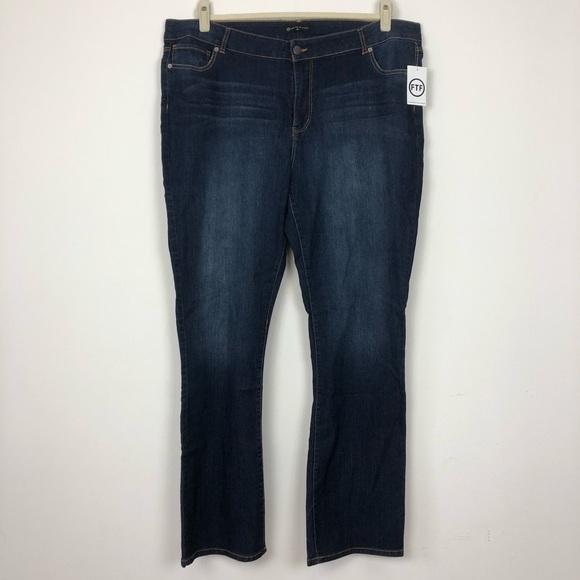 65093b13bbb Fashion to Figure Bootcut Jeans